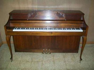 Kimball Spinet/Upright Piano