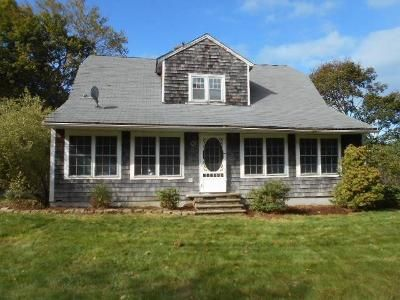 3 Bed 2 Bath Foreclosure Property in Cumberland, RI 02864 - Staples Rd