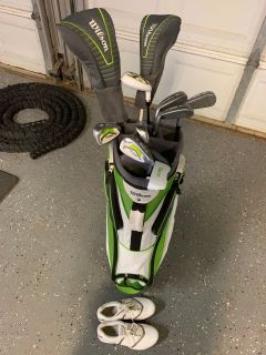 Ladies Wilson Golf Clubs, bag and size 7 1/2 Nike shoes