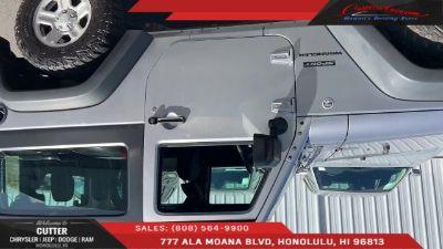 2016 Jeep Wrangler Sport (Billet Silver Metallic Clearcoat)