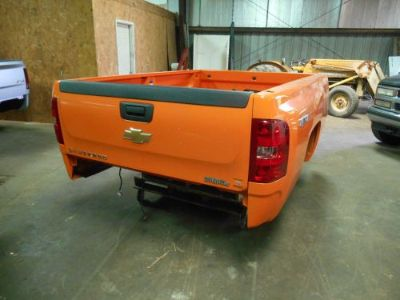 Sell 2013 GM 2500 8' Take Off Truck Bed, Tailgate, Bumper, and Hitch. Orange motorcycle in Manchester, Tennessee, United States, for US $1,695.00