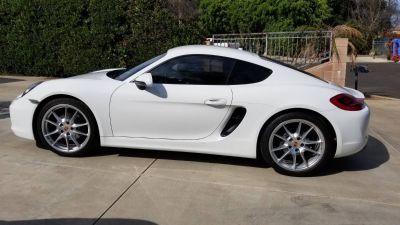 Beautiful 2015 White Porsche Cayman PDK