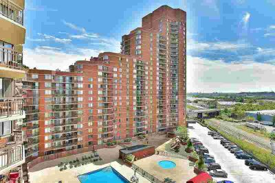 417 Harmon Cove Tower Secaucus, One of a kind.