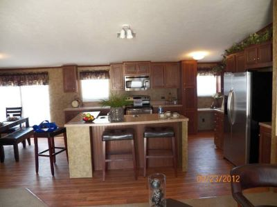 Must sell my 4 bedroom Appealing and huge (MOBILE HOME)