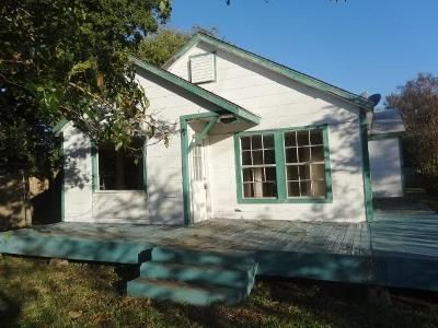 2 Bed 1 Bath Foreclosure Property in Texas City, TX 77590 - 4th Ave N