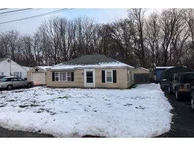 2 Bed 1.0 Bath Preforeclosure Property in Nassau, NY 12123 - Tremont Dr