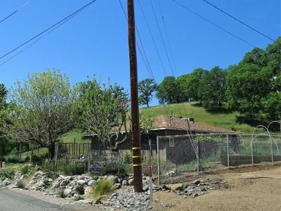 2 Bed 1.5 Bath Preforeclosure Property in Clearlake Oaks, CA 95423 - Cache Creek Rd
