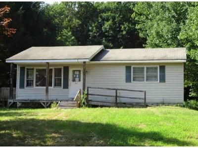 2 Bed 1 Bath Foreclosure Property in Woodbourne, NY 12788 - Cypert Rd