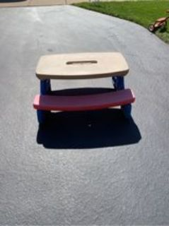 Little Tikes Pic-Nic table