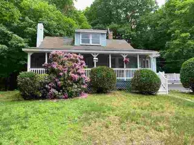 38 Spaulding Hill Road PELHAM Two BR, Come see this cozy Cape