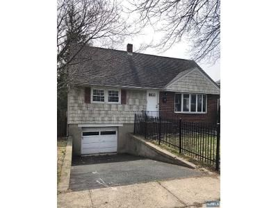 4 Bed 2 Bath Foreclosure Property in Ridgefield Park, NJ 07660 - Orchard St