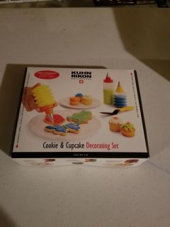 Brand new cupcake and cookie decorating set. Cross posted