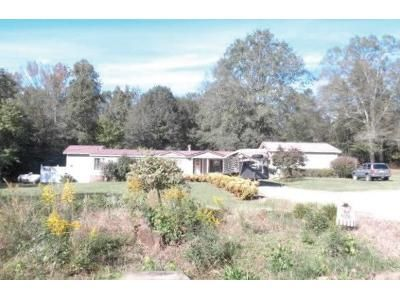 3 Bed 2 Bath Foreclosure Property in Verbena, AL 36091 - County Road 512