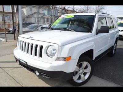 2015 Jeep Patriot Latitude 4WD (White)