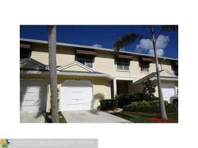 2 Bed 3 Bath Foreclosure Property in Boca Raton, FL 33486 - Sapphire Vly