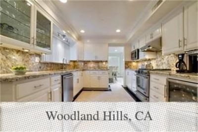 Pet Friendly 5+4 Apartment in Woodland Hills