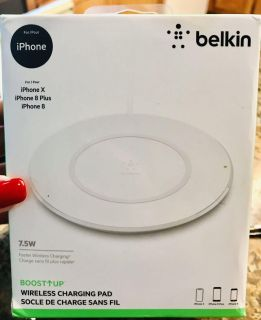 Belkin boost up wireless charging pad for iPhone X, 8 and 8+ new
