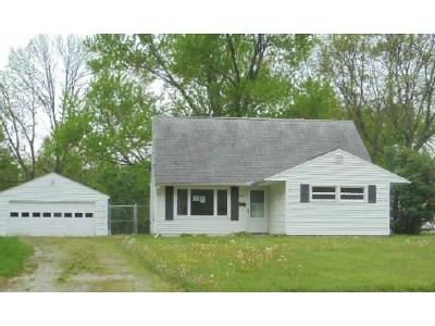 3 Bed 1 Bath Foreclosure Property in Youngstown, OH 44515 - Woodmere Dr