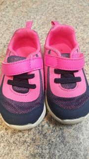 Girls toddler sneakers size 5