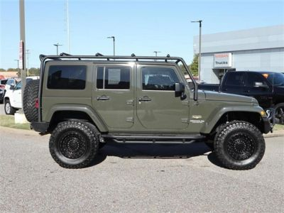 2015 Jeep Wrangler Unlimited 4WD 4dr Sahara (Green)