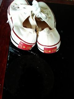 Tennis Shoes Converse (used) 1pr size 8-1/2