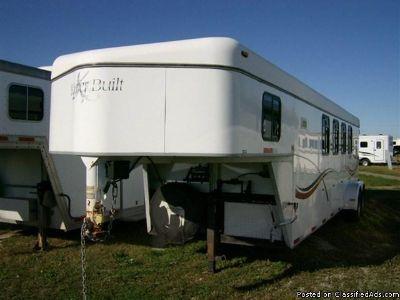 2000 Kiefer Eagle XLA 4 Horse trailer gooseneck Weekender