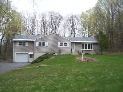 3 Bed 2 Bath Foreclosure Property in Bennington, VT 05201 - Settlers Rd