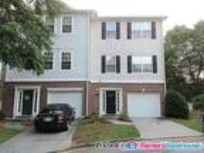 3 Story- Four BR End Unit Townhome in Scottdale!