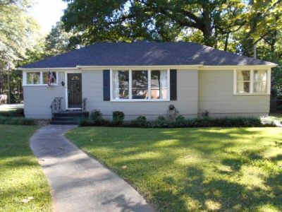 Single Family Home for Sale  Lg Corner Lot  quiet street  24 hr free recorded info line