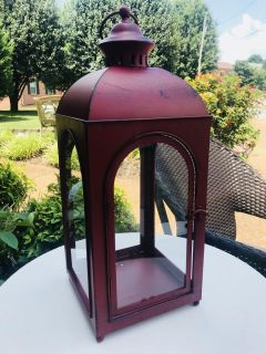 GORGEOUS RED METAL LANTERN NEW18 in tall x 7.5 wide
