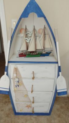Boat cabinet with 4 drawers