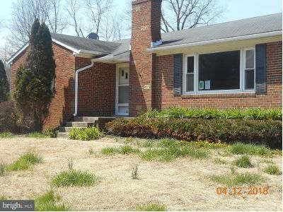 2 Bed 1 Bath Foreclosure Property in Lothian, MD 20711 - Fishers Station Rd