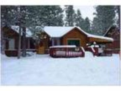 BLACK DIAMOND LODGE ON THE LAKE**OWNERS SPECIAL** - Cabin