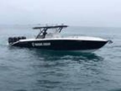 39' Midnight Express 39 Center Console 2012