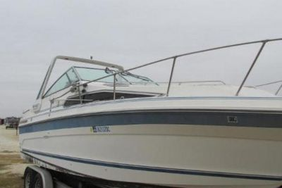 1989 Sea Ray Sundancer 268