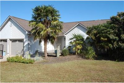 Beautiful waterfront home 3BR/2BA