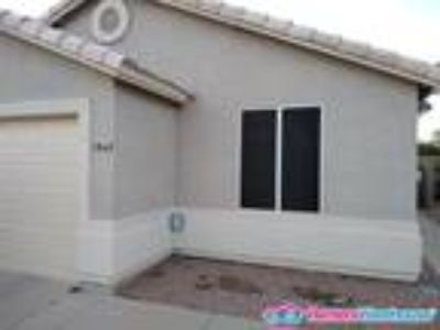 Move in Ready Three BR Home in Apache Junction