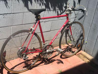 Schwinn le tour vintage bike