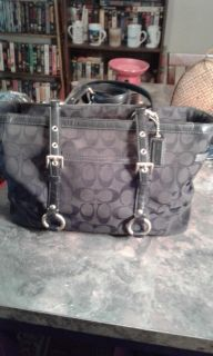 Coach purse for real