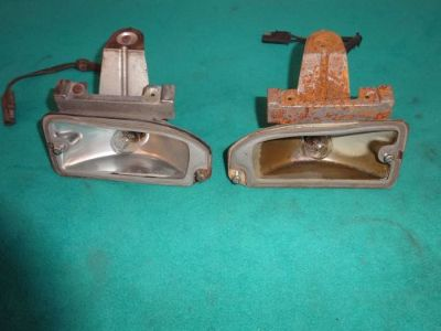 Sell 1970 CORONET FRONT TURN SIGNAL / PARKING LIGHT HOUSINGS WITH NICE SOCKET / PLUG motorcycle in Stillwater, Minnesota, United States, for US $48.25