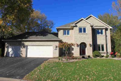 9980 Applewood Circle Eden Prairie Four BR, Charming Brick front