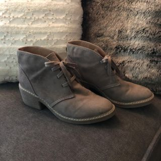 Front Laceup Booties