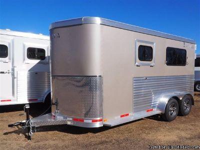 2017 Lakota Charger 2 horse trailer Walk Thru wMangers