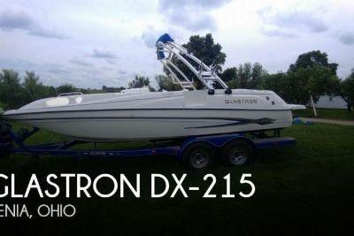 2003 Glastron DX-215