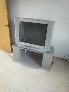 Box TV for Free / TV stand for $10