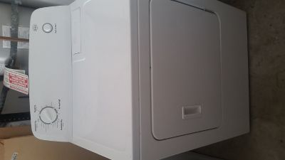 New Roper washe and dryer (electric)