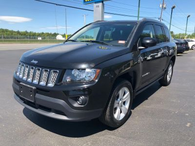 2014 Jeep Compass Latitude (Black Clearcoat)