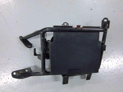 Sell 03 04 05 YAMAHA FJR1300 FJR 1300 BATTERY BOX HOLDER TRAY motorcycle in Cedar Springs, Michigan, US, for US $16.72