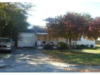 2 Bed 1.0 Bath Preforeclosure Property in Columbia, SC 29203 - Abraham St