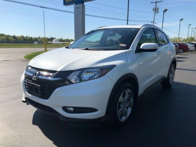 2017 Honda HR-V EX-L Navi AWD CVT (White Orchid Pearl)